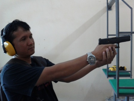 Menembak adalah berlatih kesabaran dan ketenangan