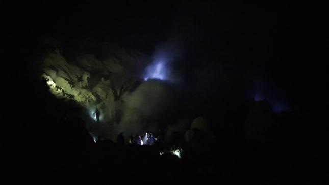 Keindahan Blue Fire